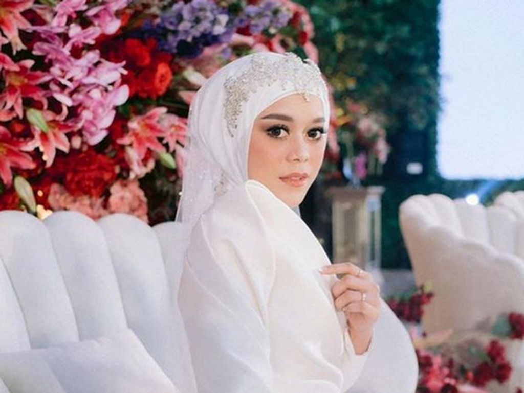 5 Fakta Menarik Makeup Tasyakuran Lesti Kejora, Pakai 4 Produk Alis