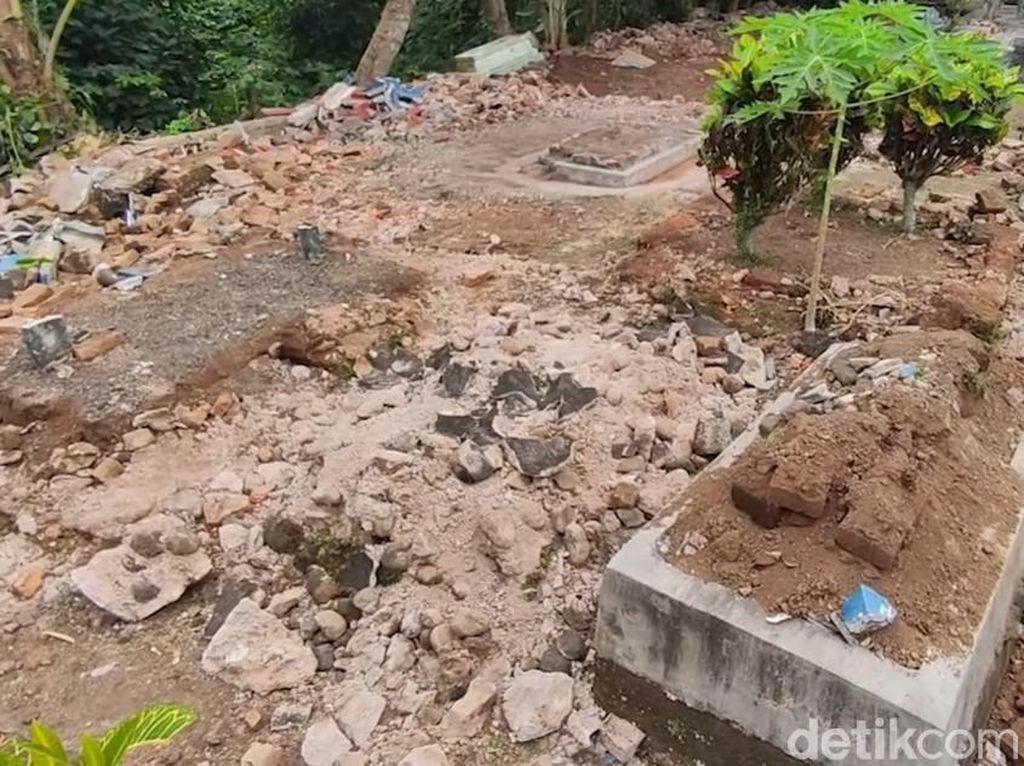 Perusakan Makam di Banyuwangi yang Ternyata Hanya Salah Paham