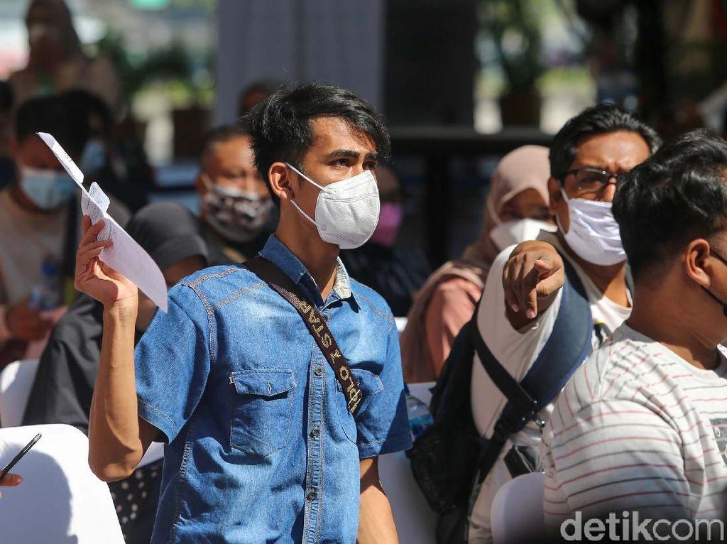 Positivity Rate COVID-19 di Indonesia 1,16 Persen, PPKM Lanjut Nggak Nih?