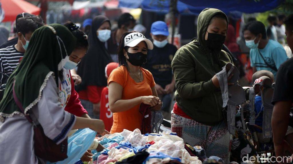 Jakarta Keluar dari Zona Merah, PKL BKT Kembali Bergeliat