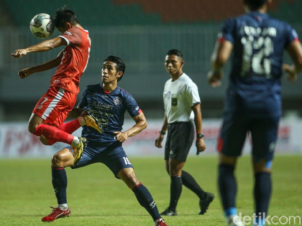 Hasil BRI Liga 1: PSM Diimbangi Arema FC 1-1