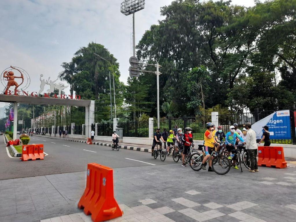 Pesepeda Ramaikan Kawasan Sudirman Pagi Ini, Petugas Arahkan ke Jalur Lain