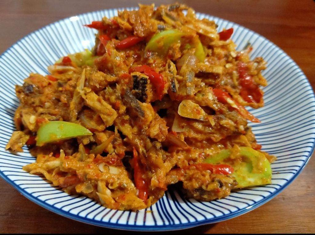 Resep Pembaca: Resep Sambal Goreng Ikan Tongkol Asap yang Pedas Nendang