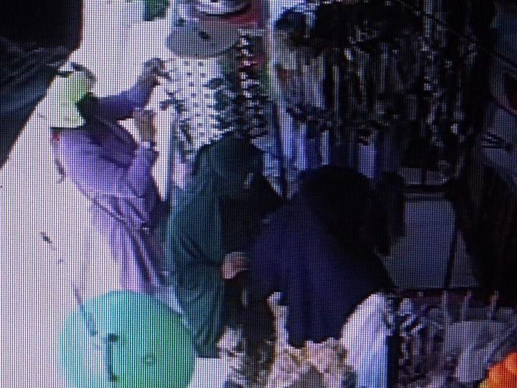3 Wanita di Polman Sulbar Terekam CCTV Curi Kipas Angin-Kacamata di Toko