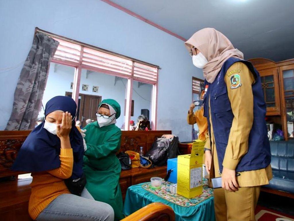 Banyuwangi Lakukan Vaksinasi 14 Ribu Orang Tiap Hari