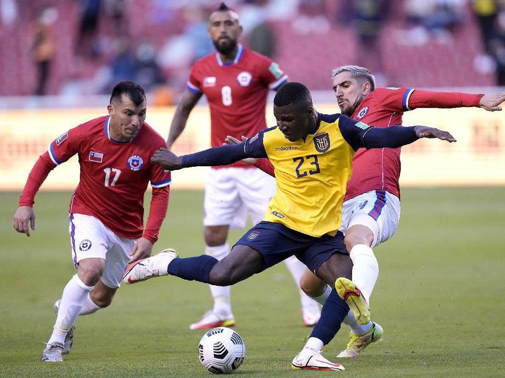 Kualifikasi Piala Dunia 2022: Chile Seri, Uruguay Menang Telak