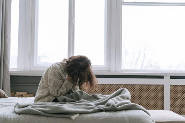 Jangan disepelekan! kurang tidur ternyata bisa jadi pemicu munculnya penyakit demensia/Foto: pexels/Ivan Samkov