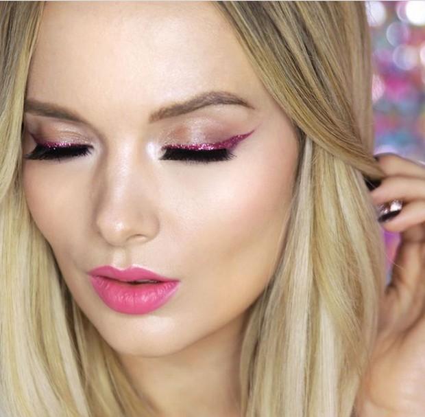 Makeup zodiak libra serba pink