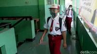 Ribuan Siswa Kena Corona, Pakar Sarankan PTM Dihentikan Sementara