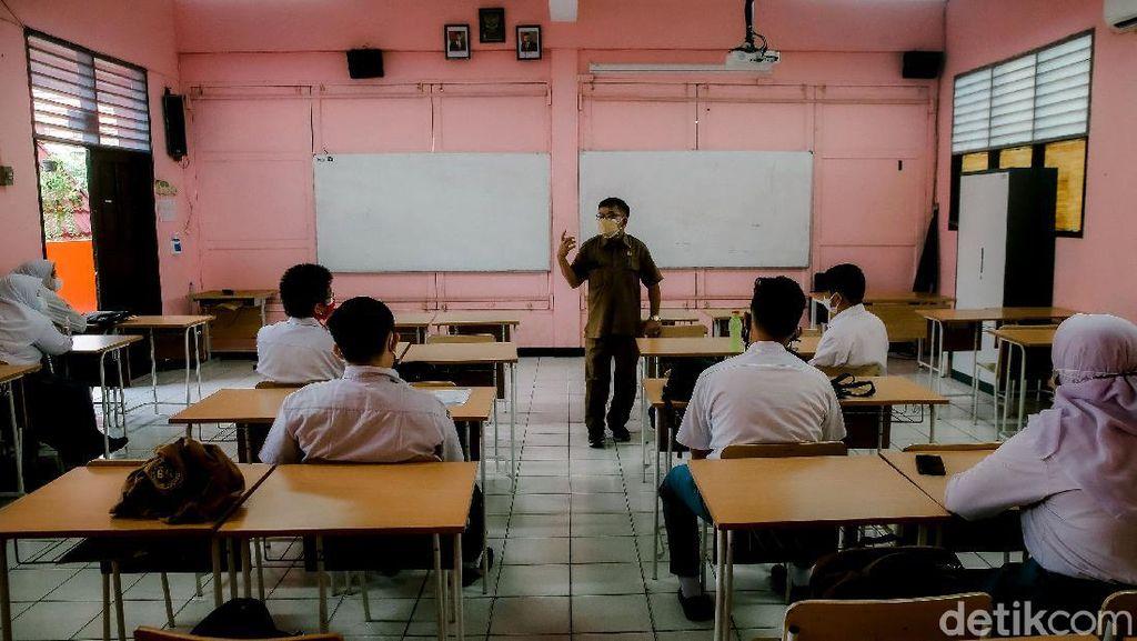Menengok Pelaksanaan Uji Coba Sekolah Tatap Muka di Tangerang