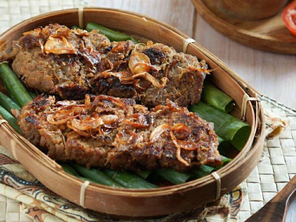 Resep Pembaca: Resep Gepuk Daging Sapi Khas Sunda yang Empuk Sedap
