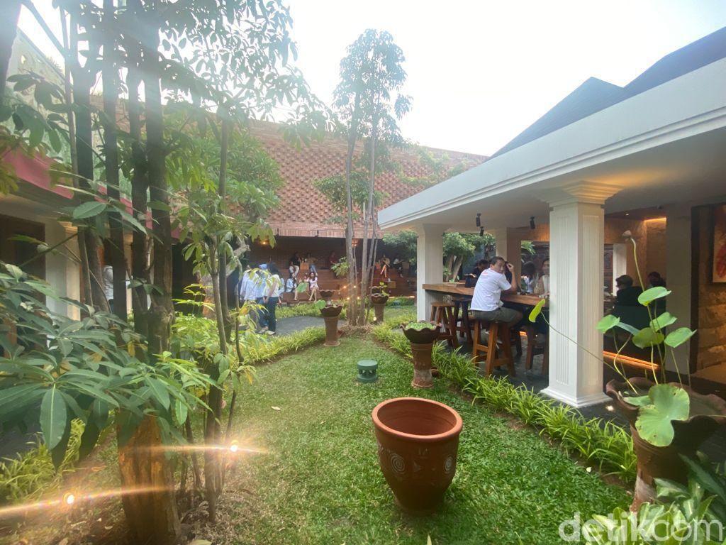 Six Ounces, Coffee Shop dengan Vibes Bali di Menteng