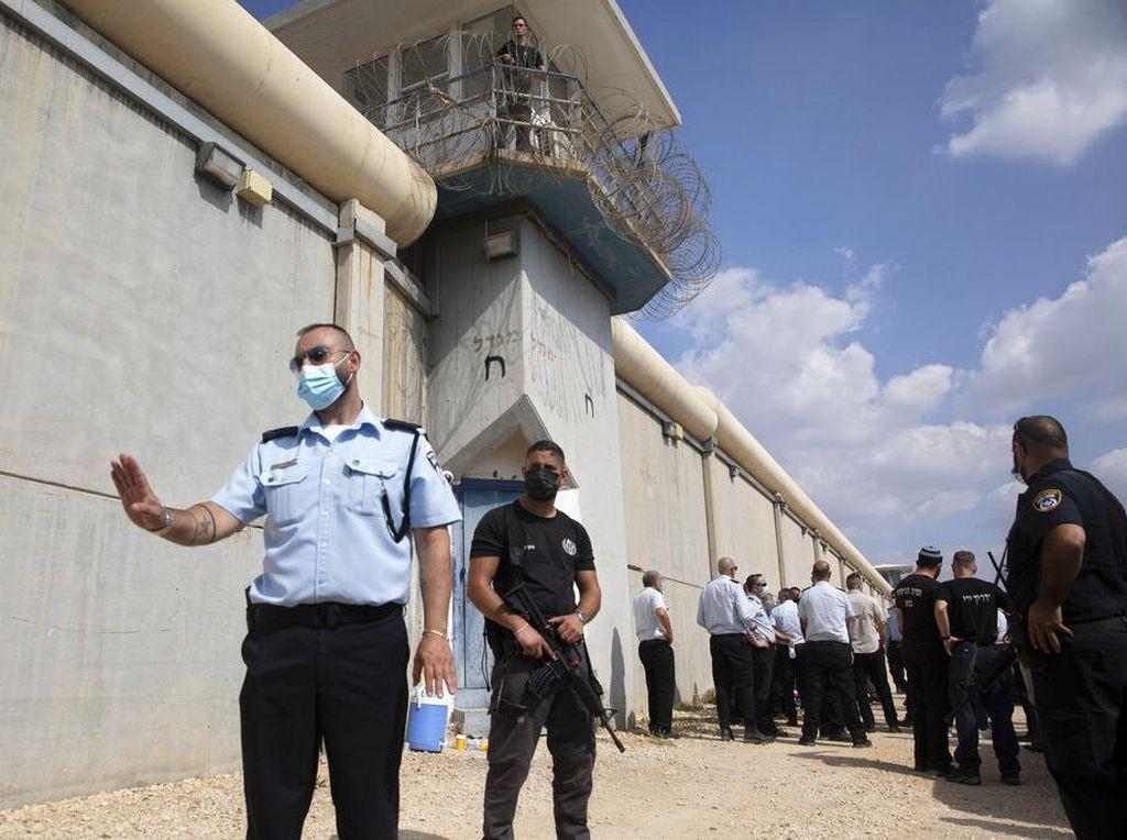 Israel Tangkap 4 Tahanan Palestina yang Kabur dari Penjara