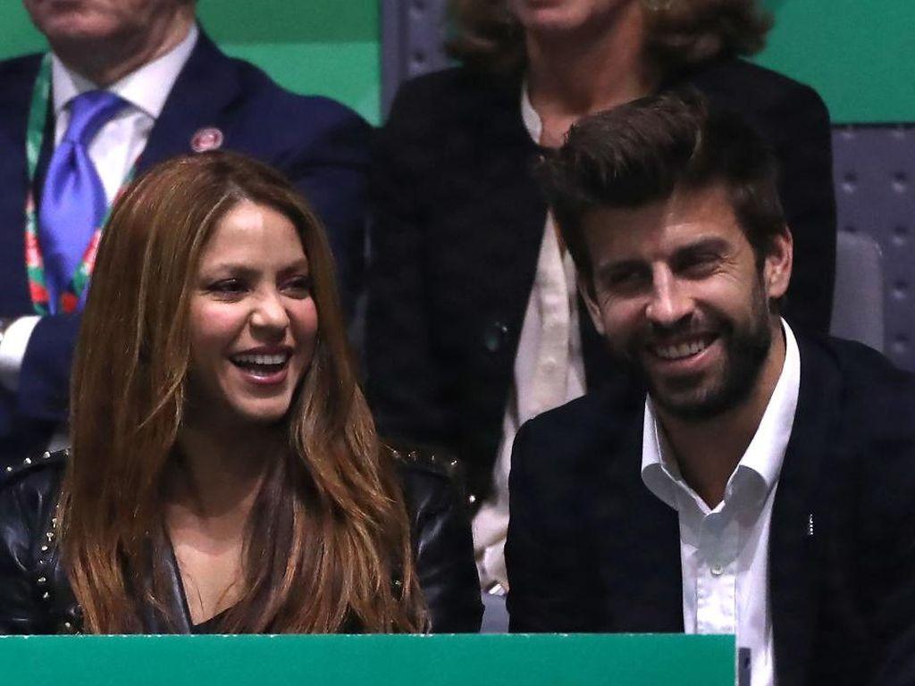 Pique Sempat Berpikir Tinggalkan Barcelona Usai Pacari Shakira
