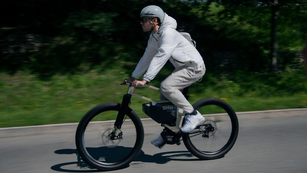 i Vision AMBY, Sepeda Listrik Canggih dan Pintar Bikinan BMW