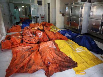 Jenazah Korban Kebakaran Lapas Tangerang Dievakuasi ke Rumah Sakit