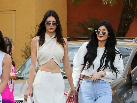 Potret kakak adik Jenner yang stylish