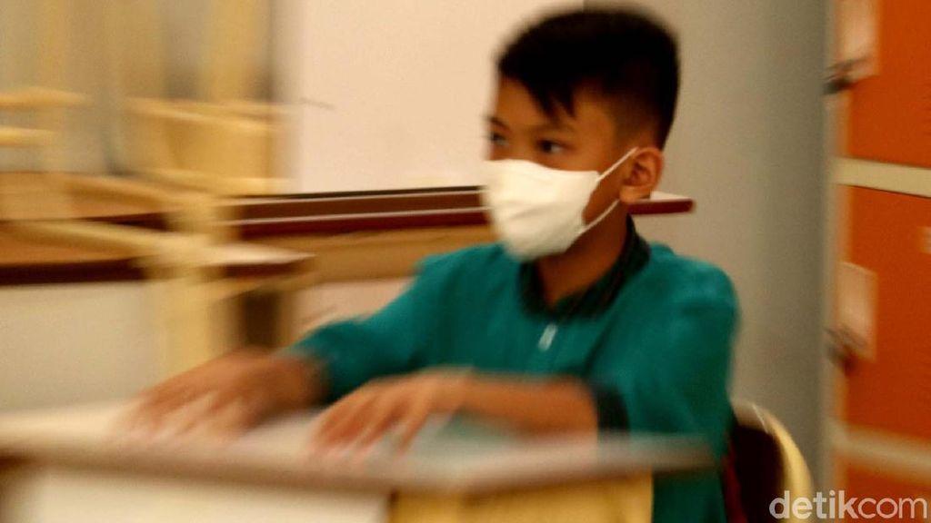 Menengok Hari Pertama Pembelajaran Tatap Muka di Kota Bandung