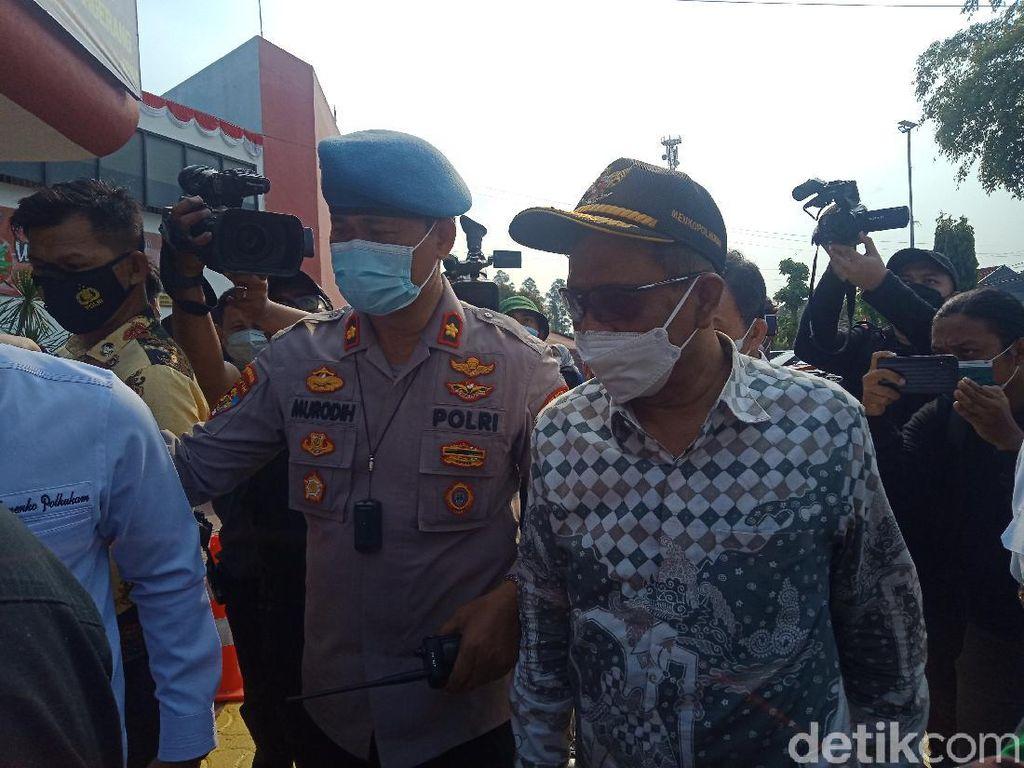 Menko Mahfud Tinjau Kondisi Lokasi Kebakaran Lapas Tangerang