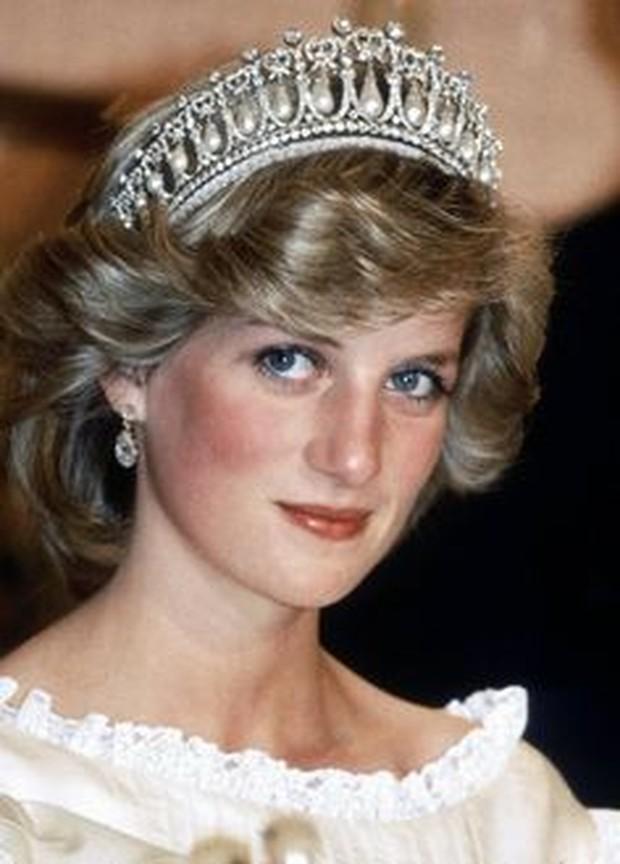 Rahasia rambut pendek Putri Diana