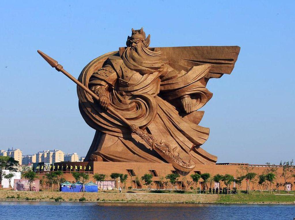 Dewa Perang Ini Berhasil Bikin Warga China Perang