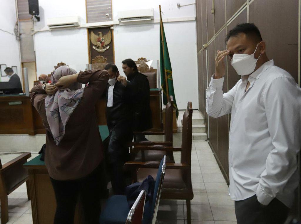 Pengacara Jawab Soal Kemungkinan Vicky Prasetyo Dipenjara Usai Divonis 4 Bulan