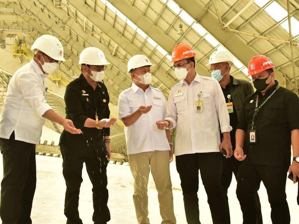Mentan Dorong Pupuk Kaltim Tingkatkan Kualitas-Kapasitas Produksi