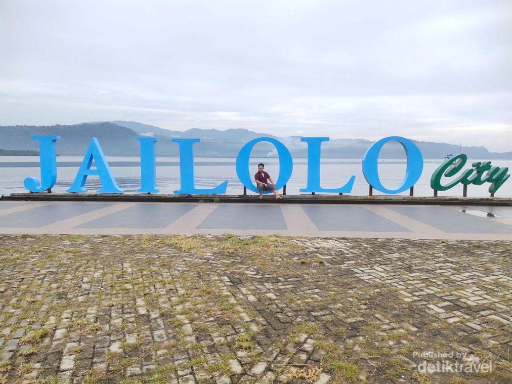 Ssst.. Ada yang Unik dari Patung Saloi di Pulau Halmahera