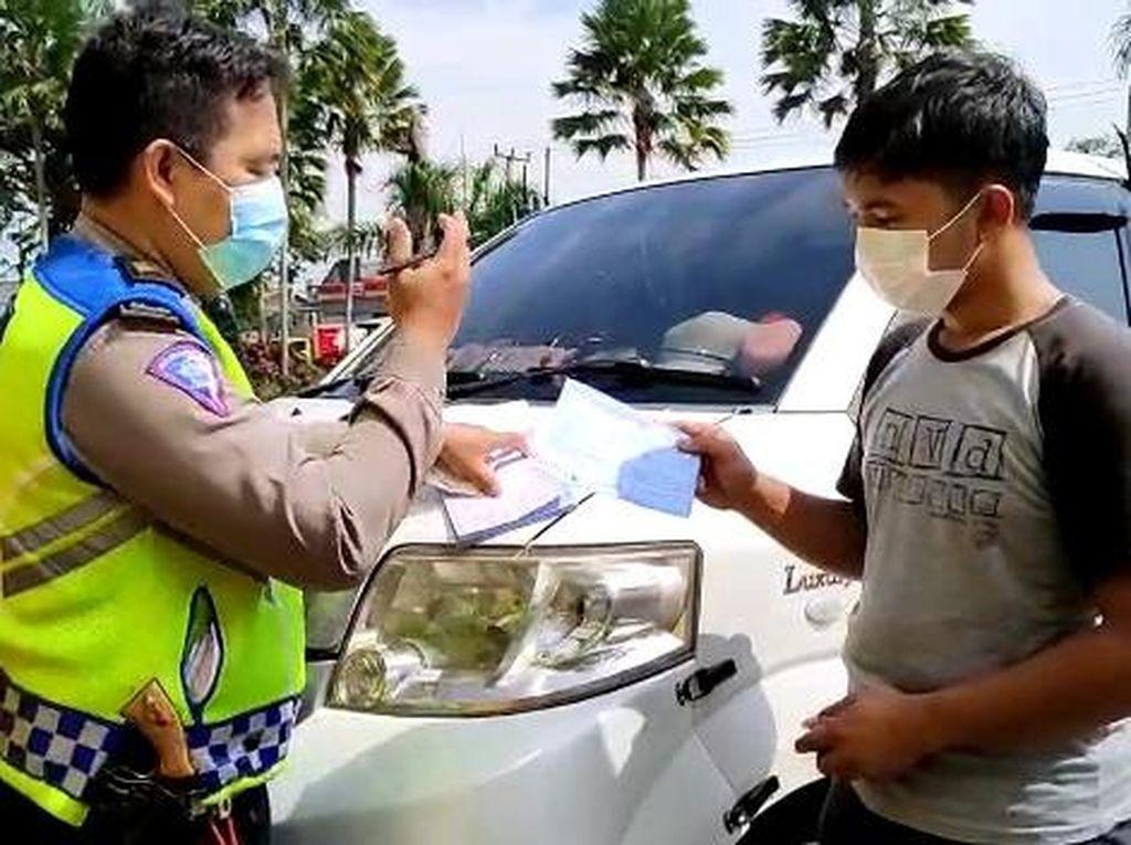 Gage di Bogor, Polisi Tilang Ambulans Lawan Arah-Tak Bawa Pasien