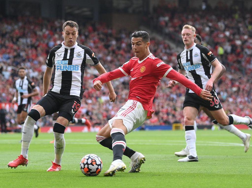 MU Vs Newcastle: Ronaldo Bawa Setan Merah Unggul di Babak I