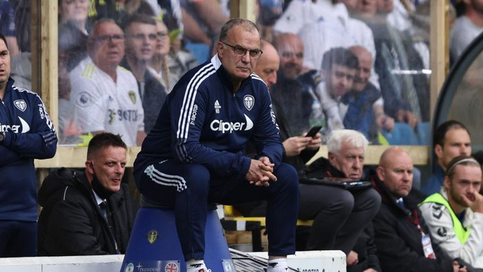 LEEDS, ENGLAND - AUGUST 21: Leeds manager Marcelo Bielsa during the Premier League match between Leeds United  and  Everton at Elland Road on August 21, 2021 in Leeds, England. (Photo by Marc Atkins/Getty Images)
