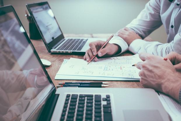 konsultan keuangan juga bisa jadi pilihan karir yang tepat untuk scorpio