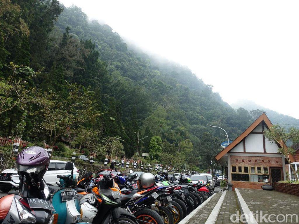 Foto: Kaliurang Diserbu Wisatawan