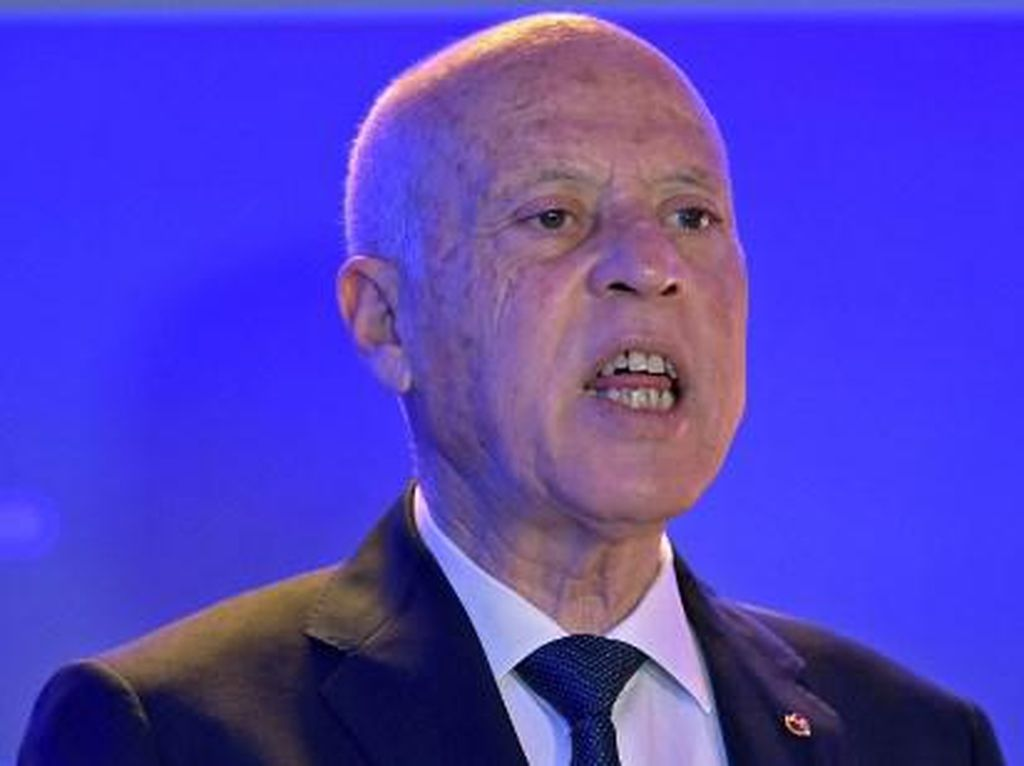 Jejak Presiden Tunisia Hendak Ubah Konstitusi Usai Bekukan Parlemen