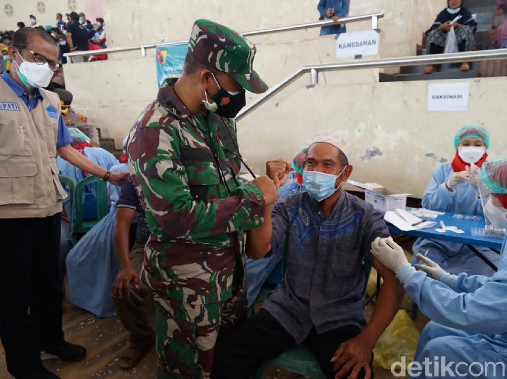 Vaksinasi Terus Digencarkan di Magetan Demi Kejar Level 1