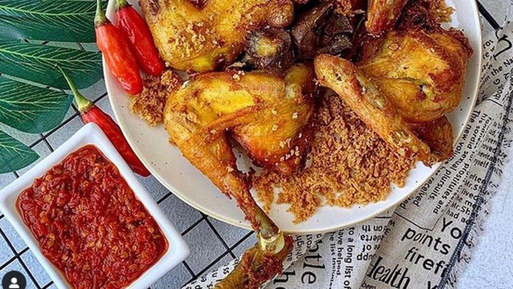 20 Ayam Goreng Jawa Gurih Manis Ada di Sini!