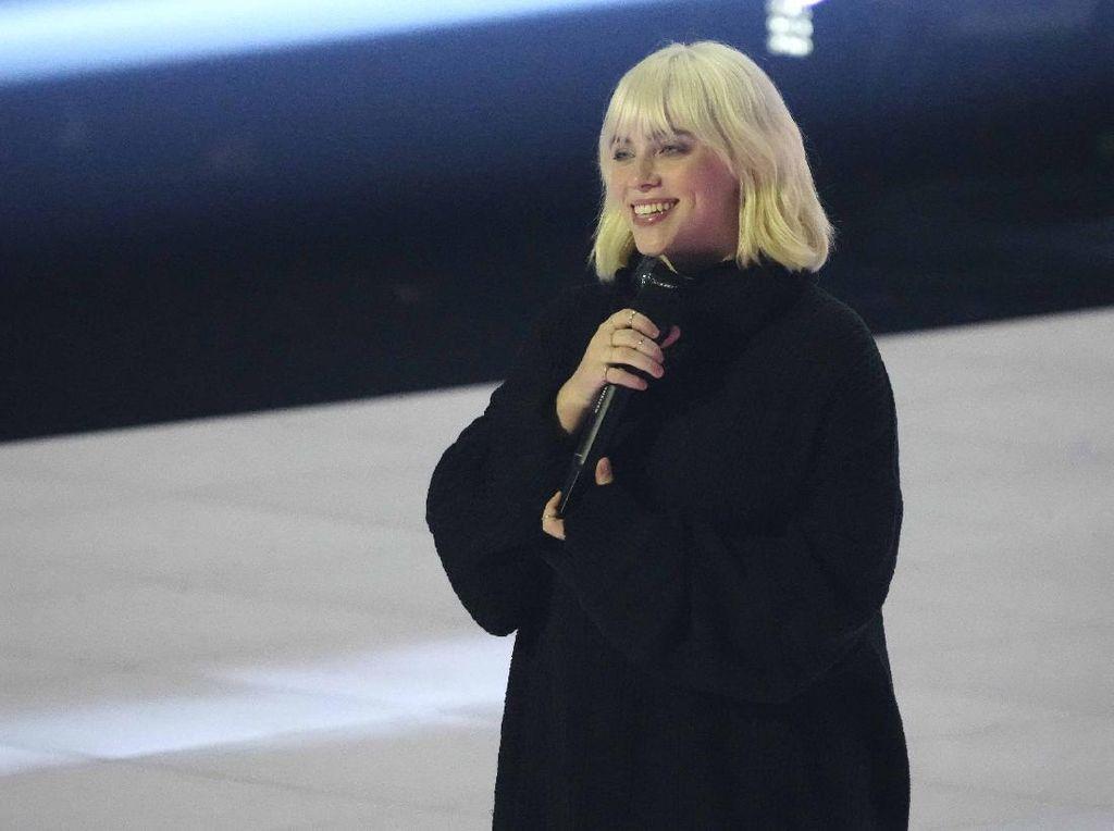 Billie Eilish Menjadi Penampil Utama Termuda di Festival Musik Glastonbury 2022