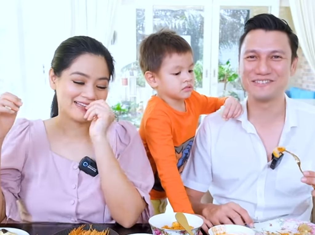 Nostalgia Jajanan SD, Christian Sugino Gak Pernah Makan Cilor