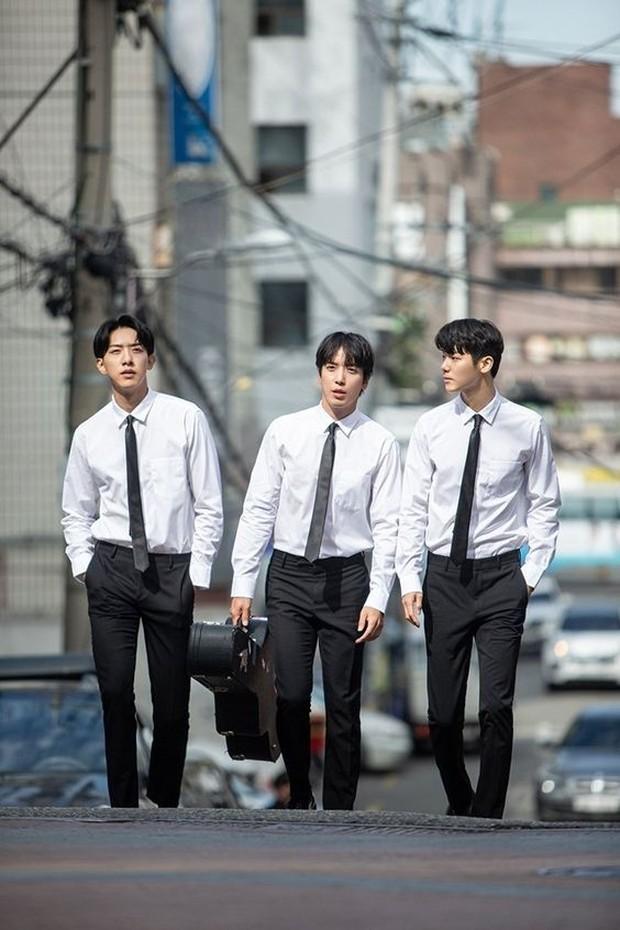 Jung Yonghwa, Kang Minhyuk, Lee Jungshin