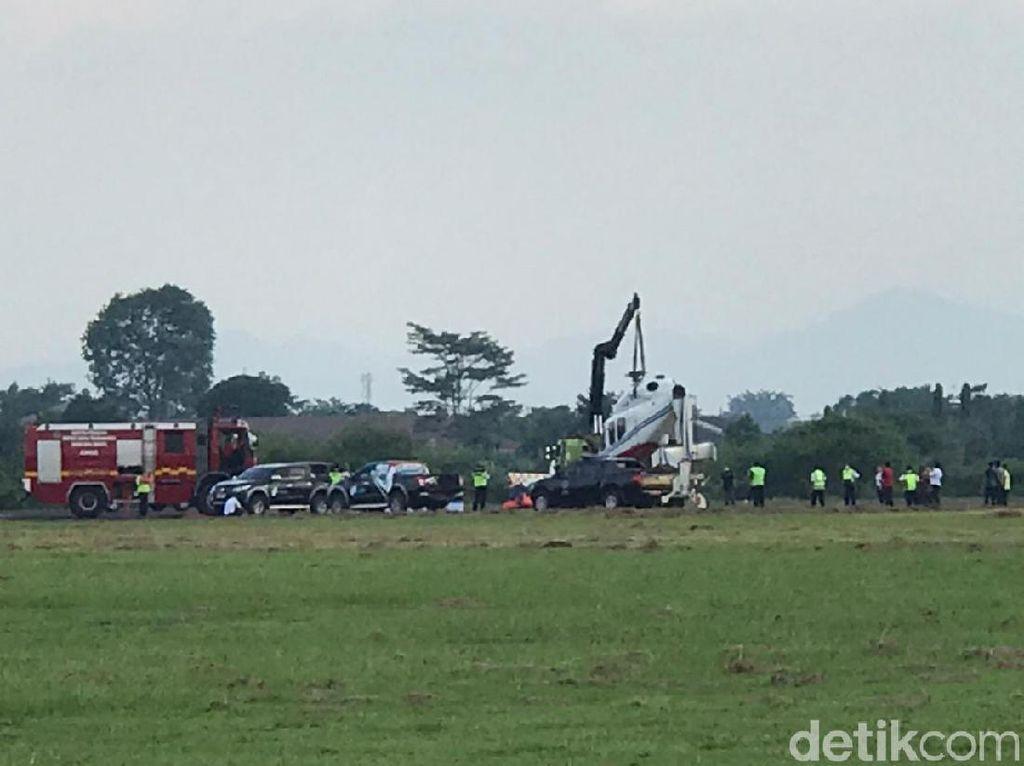 KNKT Masih Investigasi Sebab Helikopter Kemenhub Terguling di Curug Tangerang