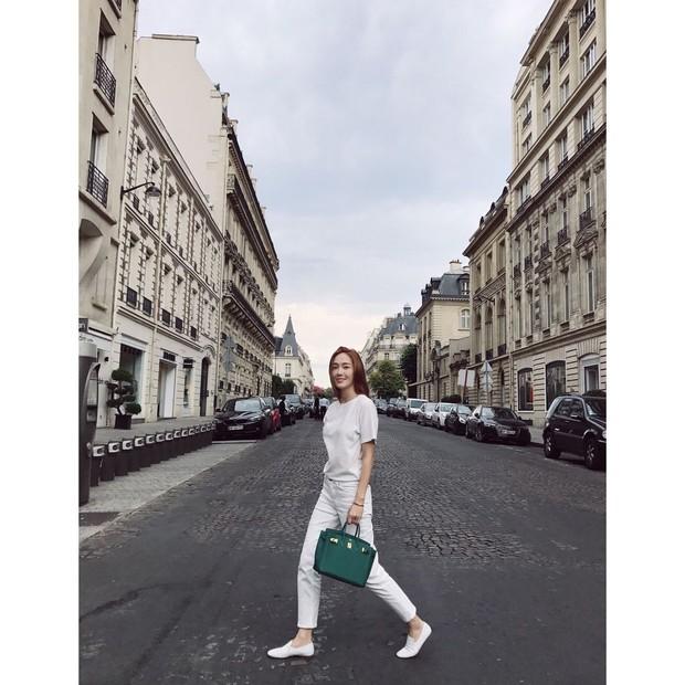 Jessica Jung với Túi Hermès Birkin Green