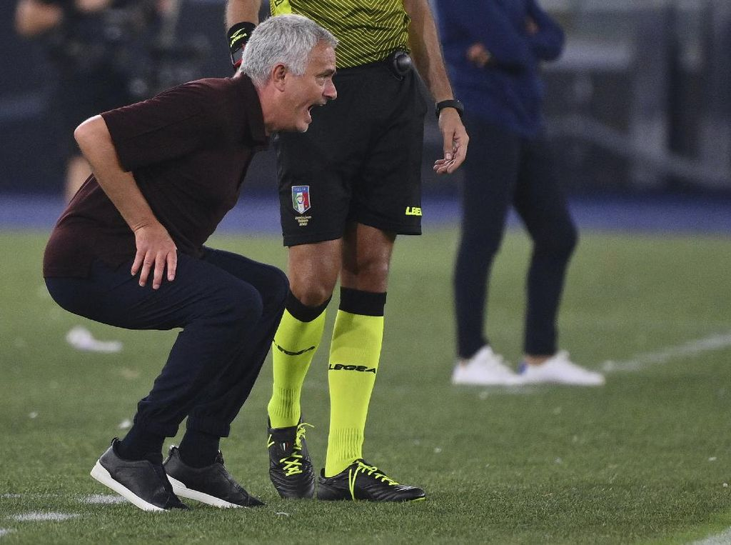 Selebrasi Gila Mourinho di Laga ke 1.000
