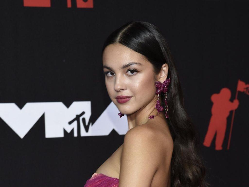 Seputar Olivia Rodrigo, Pemenang MTV VMA yang Curi Perhatian