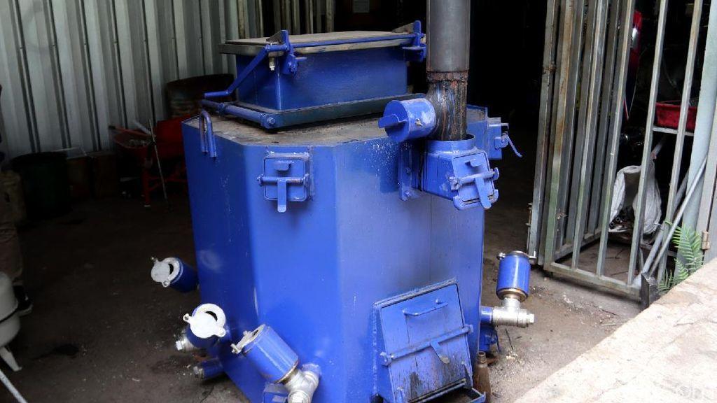 Pemkot Bandung Kembangkan Mesin Pengolah Sampah dari Jepang