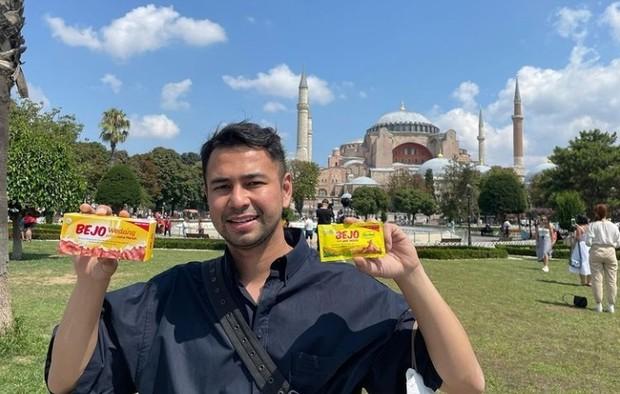 Iklan dan endorsement merupakan salah satu pemasukan utama Raffi Ahmad | Foto : instagram.com/raffinagita1717