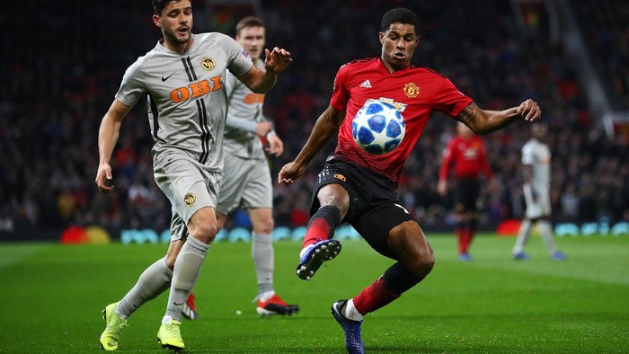 MANCHESTER, ENGLAND - NOVEMBER 27:  Marcus Rashford of Manchester United in action during the Group H match of the UEFA Champions League between Manchester United and BSC Young Boys at Old Trafford on November 27, 2018 in Manchester, United Kingdom. (Photo by Clive Brunskill/Getty Images)