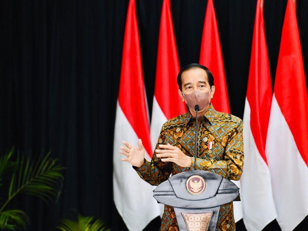 Di Depan Gubsu-Bobby, Jokowi Minta Ketimpangan Vaksinasi Diperbaiki!