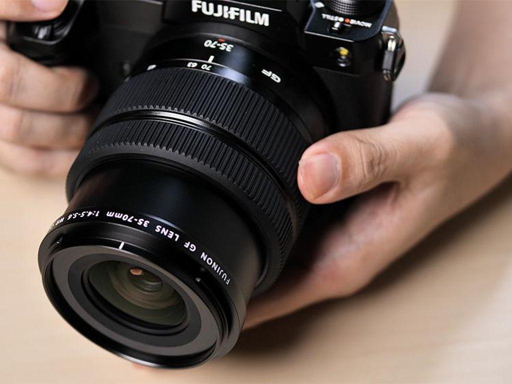 Fujifilm GFX50S II Kamera Pro Harga Terjangkau