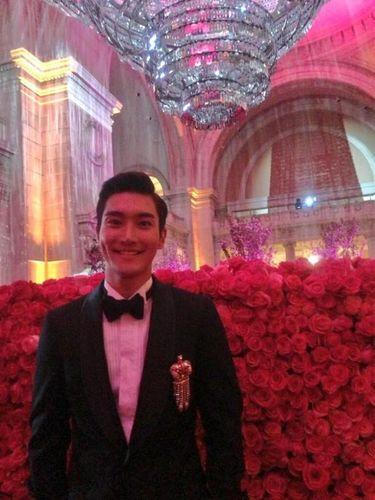 Siwon Super Junior di acara Met Gala 2013