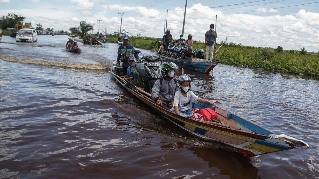 Sungai Kahayan Meluap, Jalan Trans Kalimantan Terendam Banjir